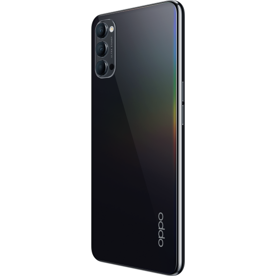 Oppo reno 4 5g, space black, diagonal trasera.